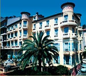 Façade Hôtel Provençal Villefranche sur Mer