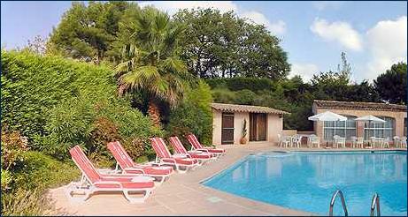 Piscine Castel'Provence Mouans Sartoux