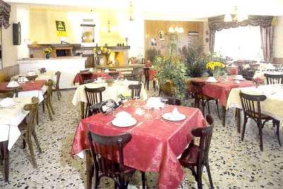 Salon Hôtel Restaurant Le Terminus Tende