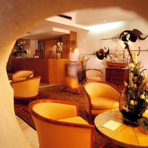 Réception Hôtel Restaurant Orly Menton