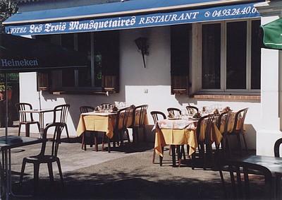 Terrasse Les Trois Mousquetaires La Gaude