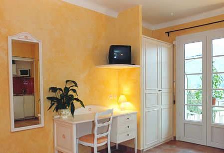 Salon Résidence Hôtelière Lou Castelet Carros