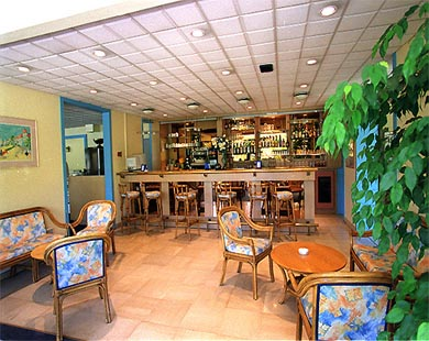 Bar Apogia Antibes Juan les Pins