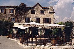 Façade Auberge du Vieux Château Cabris