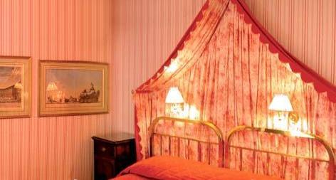 Chambre Hôtel Duc de Saint-Simon Paris