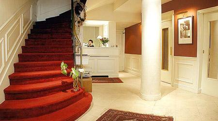 Réception Hôtel Lindbergh Paris