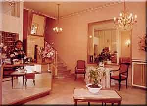 réception Hôtel Select Cannes