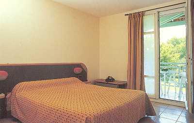 Chambre Hostellerie Domaine de la Reynaude Aurons