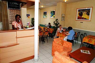 Salle petit déjeuner Amarys Hôtel Simart Paris