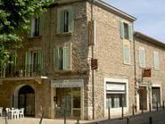 Façade Hôtel de la Vallée de l'Arc Trets