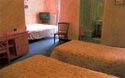 Hôtel le flore - chambre 1