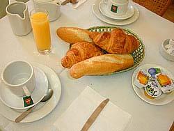 Petit déjeuner Hôtel Boissière Levallois-Perret