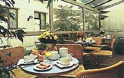 Petit déjeuner Alpha Hôtel Boulogne Billancourt