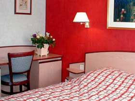 Chambre Hôtel Vert Galant  Villepinte