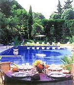 Piscine Hotel Mazets des Roches Tarascon