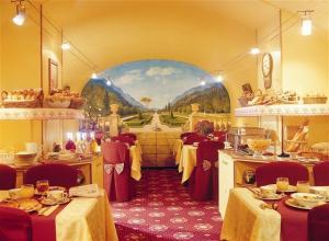 Salle petit déjeuner Queen Mary Opera Paris