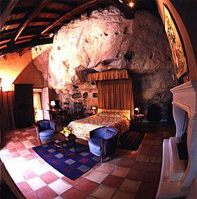 Façade Hotel Restaurant L'Oustaloun Maussane les Alpilles