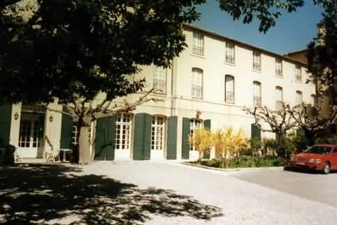 Façade Hôtel Le Manoir Aix en provence