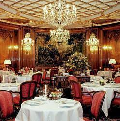 Le Bristol Hôtel
