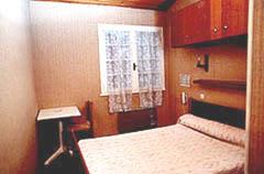 Façade Hostellerie La Crémaillère Carnoux en Provence
