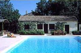 Piscine Hôtel Restaurant Mas de Peint Arles