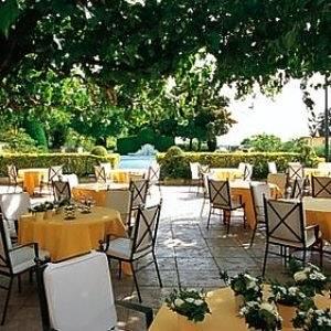 Terrasse Oustau de Baumanière Les Baux de Provence