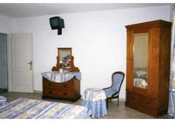 H tel restaurant le tamaris port saint louis du rh ne bouches du rh ne h tel 2 toiles - Hotel francois port saint louis du rhone ...