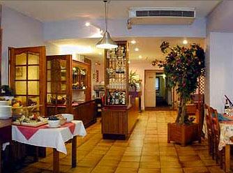 Restaurant Hôtel Comfort Inn Sas Lozano Tremblay en France