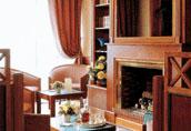 Salon Kyriad Prestige Bourget