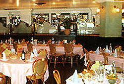 Salle de petit déjeuner Hôtel Mercure Paris Pantin
