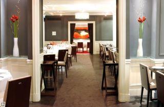Restaurant Hôtel de La Trémoille Paris