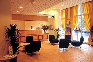 Réception Première classe Complexe Hôtelier de Villepinte