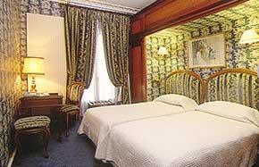 Chambre Hôtel de l'Elysée Paris