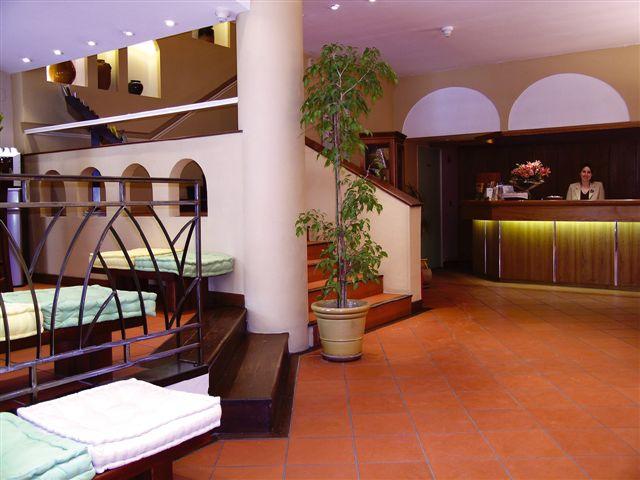 Hôtel KYRIAD Vieux Port