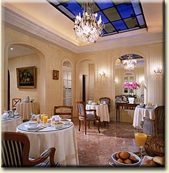 Salle petit déjeuner Hôtel Opal Paris