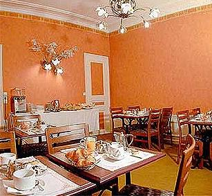 Salle petit déjeuner Ouest Hôtel Paris