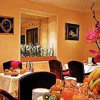 Salle petit déjeuner Hôtel West End Paris