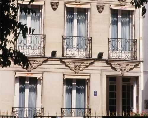 Façade Hotel Latour Maubourg