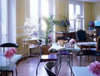 Salle petit déjeuner hôtel Plaza Elysées Paris
