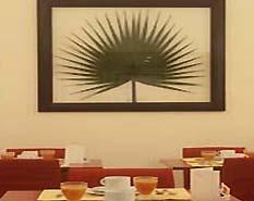 Salle petit déjeuner Hôtel le Vignon Paris