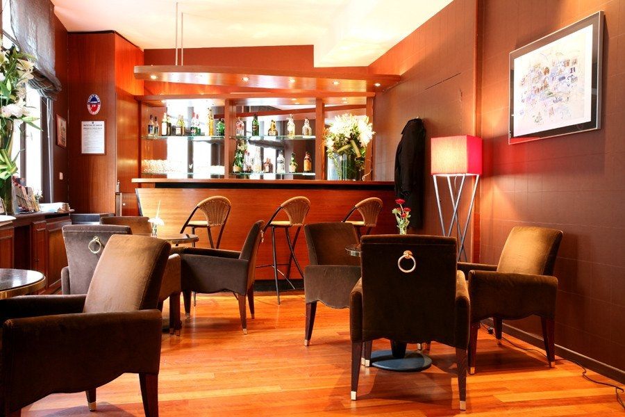 Bar Hôtel Holiday Inn Garden Court Paris Auteuil