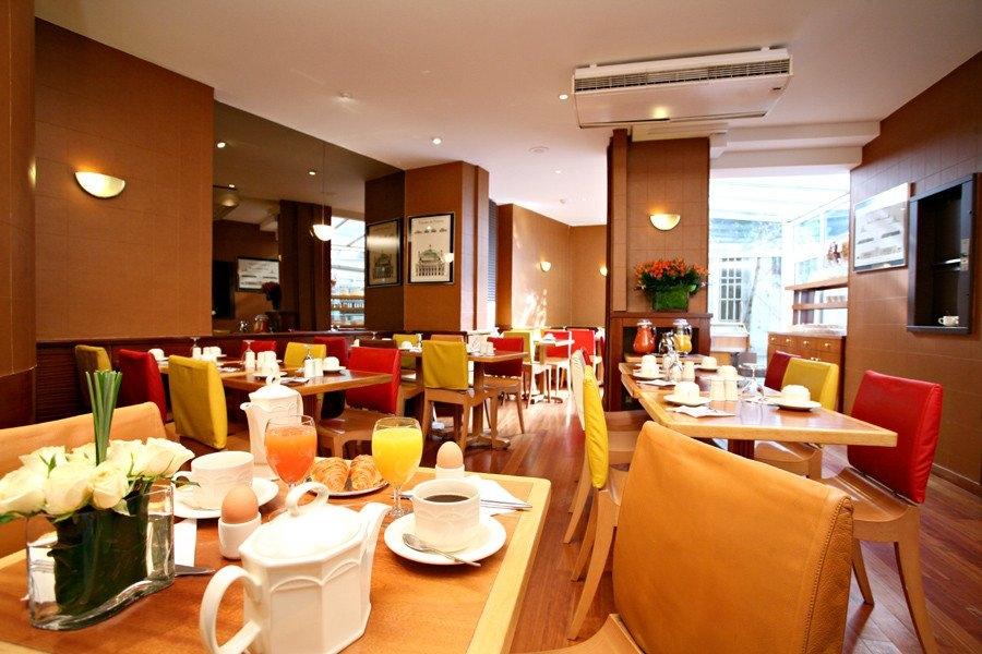 Petit déjeuner Hôtel Holiday Inn Garden Court Paris Auteuil