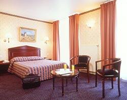 Chambre Hôtel Cervantes Paris