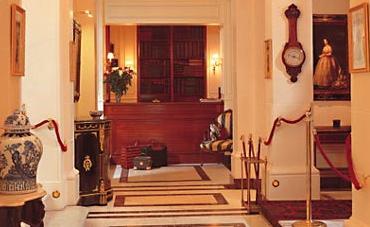 Réception Hôtel Bradford Elysée Paris