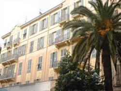 Façade Hôtel Beausoleil Nice
