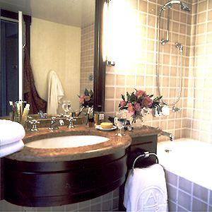 Salle de bain Hôtel de l'Arcade Paris