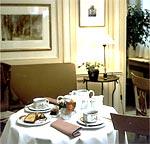 Salle petit déjeuner Hôtel de l'Arcade Paris